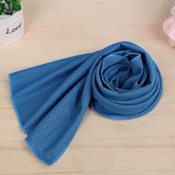gym towel 3 599x600 - Cooling Gym Towel